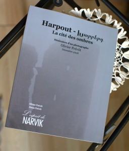 Catalogue de l'exposition Harpout, la cité des ombres